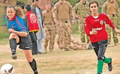 Khalida Popal pone voz a la mujer afgana a través del fútbol