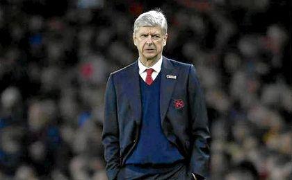 El Arsenal da un voto de confianza a Wenger