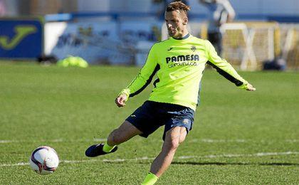 Soldado durante un entrenamiento con el Villarreal.