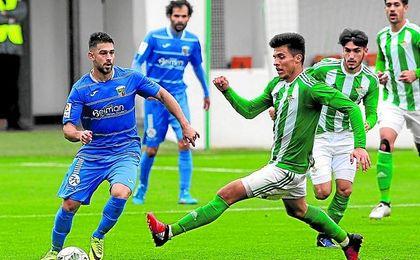 El colombiano Narváez es duda para el encuentro ante el Algeciras tras no estar ante el Cabecense la semana pasada.