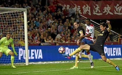 Savic, en el partido ante el Granada.