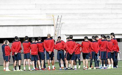 El Sevilla ya prepara el partido ante el Atlético.