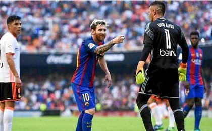"""Diego Alves: """"Messi, Neymar y Suárez son los tres temibles"""""""
