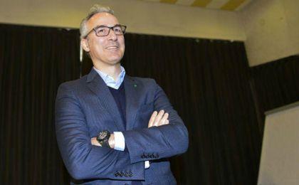 """Torrecilla busca una salida para Zozulya """"en los pocos mercados que quedan abiertos"""""""