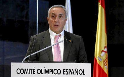 Alejandro Blanco avalado por los deportistas.