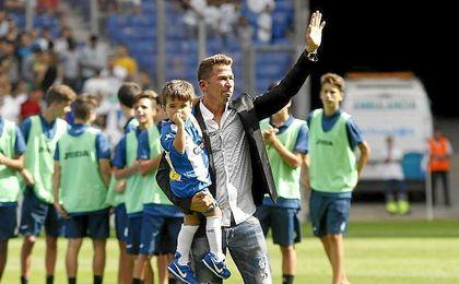 Tamudo durante su despedida como futbolista.