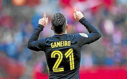 Gameiro ha recibido una mareante oferta del fútbol chino.