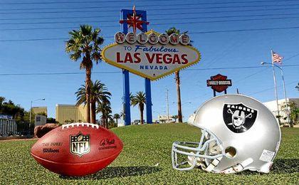 Indignación total entre los aficionados de los Raiders por el cambio de sede.