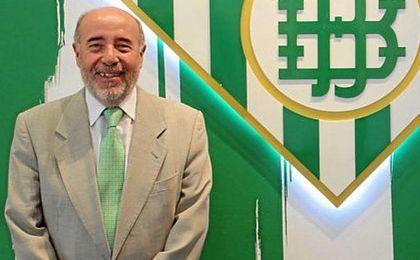 José Montoro deja el consejo del Betis.