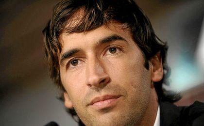 Raúl disipa todos los rumores sobre su posible vinculación al Barcelona.