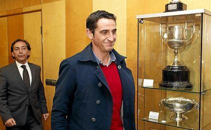 A Jiménez le va bien en el AEK.