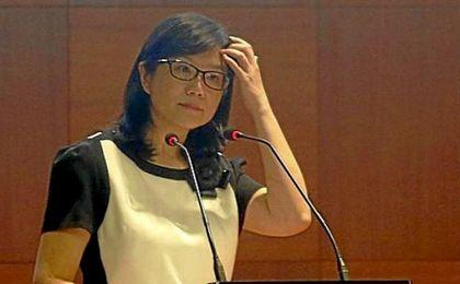 Layhoon Chan presenta su dimisión como presidenta del Valencia.