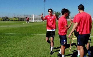 Carlos Fernández ya se entrena tras más de seis meses fuera