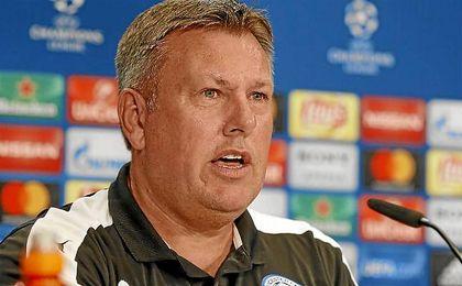 El entrenador del Leicester intentará meter al equipo en semifinales.
