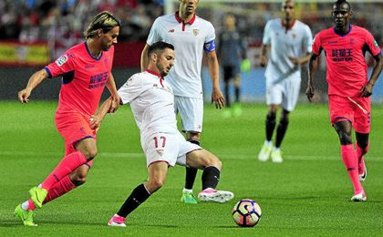 Sarabia, en el partido contra el Granada, en el que volvió a asistir.