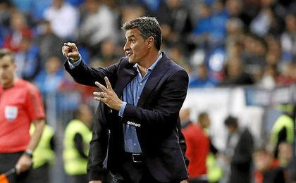 Míchel lleva cinco victorias en cinco partidos contra el Sevilla en LaLiga.