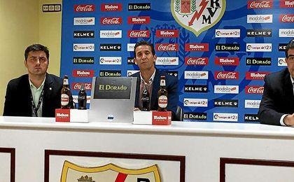 Merino, en la sala de prensa del Rayo.