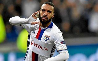 Lacazette confirma su marcha del Lyon y elogia al Atlético de Griezmann