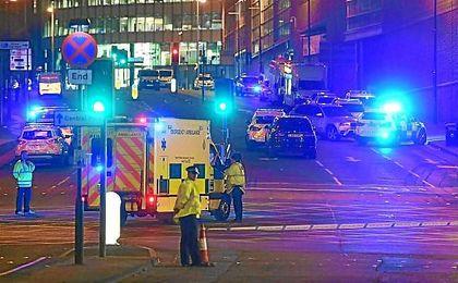 Imagen de despligue policial en los aledaños del Manchester Arena.
