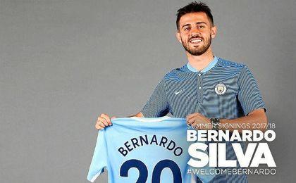 Bernardo Silva posa como citizen.