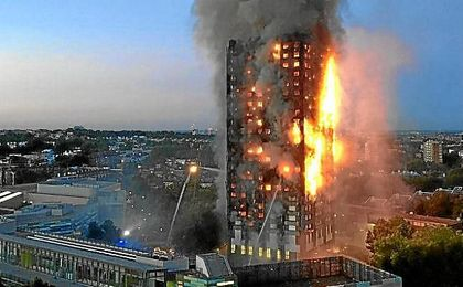 La torre Grenfell, en llamas.