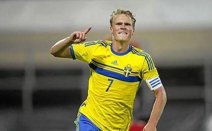 Hiljemark ha jugado 18 partidos con la absoluta de Suecia.