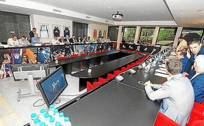 Imagen de la Asamblea General de la ACB en el día de hoy.