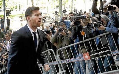 El Fiscal acepta sustituir por multa de 255.000 euros la pena de cárcel de Messi