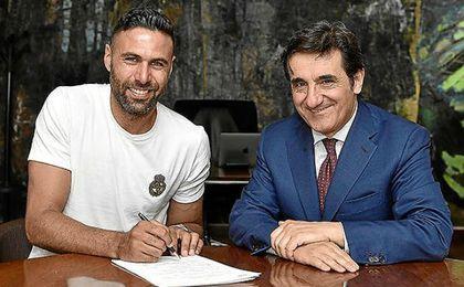 Oficial: Sirigu ficha por el Torino