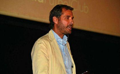 El director de marketin Ramón Loarte ha sido el encargado de presentar las novedades del abono.