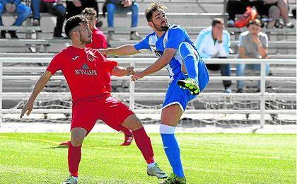 Javier García Navarro ´Pipi´, regresa a Tercera de la mano del Castilleja después de jugar dos temporadas en el Cabecense.