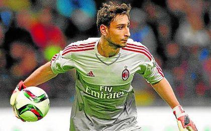 """El Milan espera que Donnarumma le de una respuesta definitiva en """"pocos días"""""""