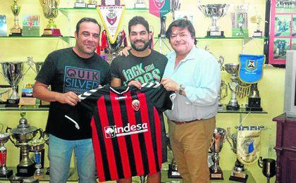 David González toma la banda del Cabecense