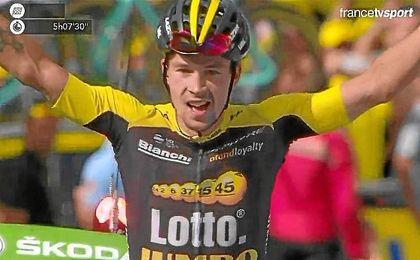 Roglic gana en los Alpes y Froome conserva el liderato.