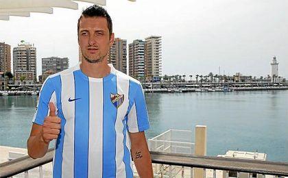 Kuzmanovic, en su presentación con el Málaga el verano pasado.
