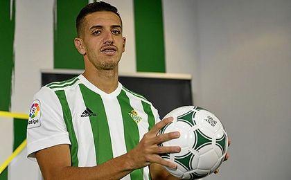 """Zou Feddal: """"Sé la responsabilidad que conlleva estar en el Betis"""""""