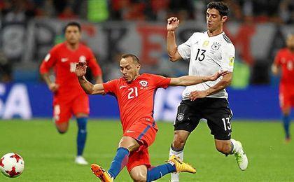 El centrocampista chileno disputó la final de la última Copa Confederaciones.