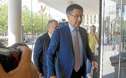 Bartomeu se remite a la cláusula ante la posible marcha de Neymar.