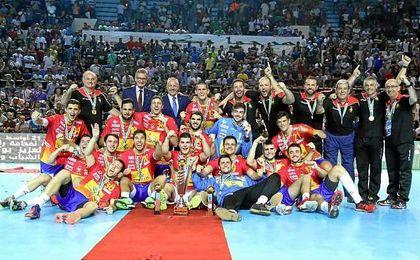 La selección española celebra el Mundial de Balonmano Junior.