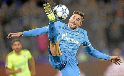 Javi García, durante un partido con el Zenit.