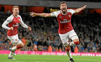 Olivier Giroud dio el tanto del triunfo al Arsenal a poco del final.