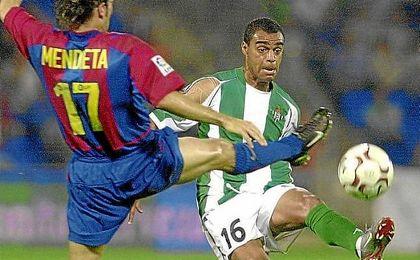 Denilson, durante su etapa como futbolista del Betis.