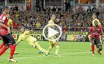 Neymar marca y lidera la victoria del PSG en Guingamp