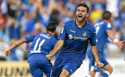 El veterano delantero se estrenará en Primera división con el Getafe.