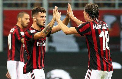 Una falta de Suso le da el triunfo al Milan y el Nápoles remonta al Atalanta