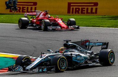 Hamilton gana en Spa-Francorchamps y reduce a 7 puntos la ventaja de Vettel