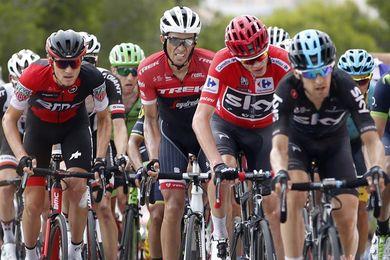 Froome manda, Chaves presiona y Contador emociona