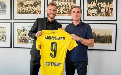El ucraniano ya posa con su nueva camiseta, con el dorsal ´9´.