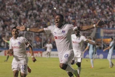 Concacaf sanciona al Olimpia hondureño por los incidentes ante el Alianza salvadoreño