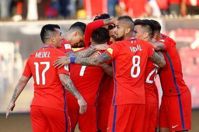 Chile busca tres puntos vitales ante una Paraguay que apura sus opciones